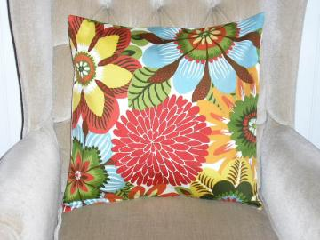 Robert Allen Contemporary Floral Pillow Cover - 18 x 18