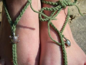 Silver Turtle Toekinis Barefoot Sandals of Green Turtle Grass