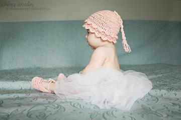 "PDF PATTERN: ""Vintage Pearls"" baby girl hat Plus ""TuTu Tootsies"" Ballet Slippers (0-3 mo, 6-9 mo & 12mo)"