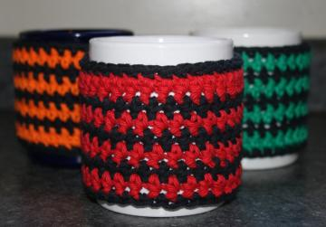 Red and Black Striped Coffee Mug Cozy