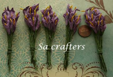 Mini paper flowers in Pale Plum-50 flowers