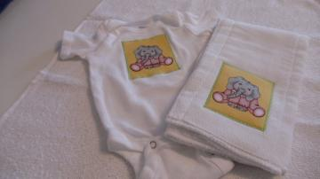 Burp Cloth  and  Onesies Bodysuit Set Baby Elephant Pink PJ'S