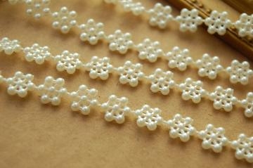 3 yards Flower Pearl Trim in Ivory