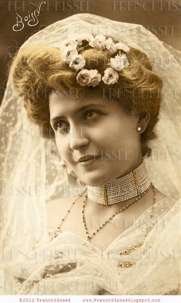 DIGITAL Scan Antique VICTORIAN BRIDE jewelry Bijoux French postcard Wedding