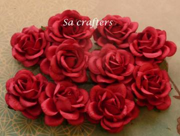 1-3/4 inches paper flowers in red -10 Flowers