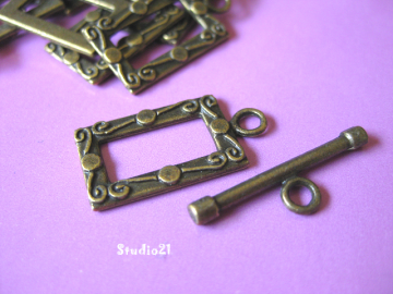 10 sets Antique Bronze Finish Square Toggle Clasp