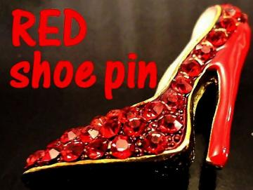 VINTAGE  pin - SwarovskI Crystal Ruby Red Hi Heel shoe Pin/Brooch
