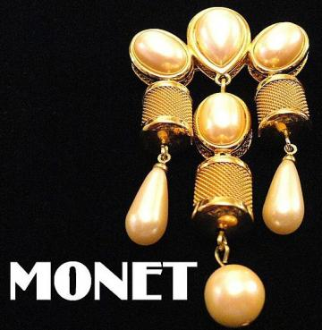 "VINTAGE 60s Signed ""MONET"" Faux Pearl Dangle /pin Brooch with gold tone mesh barrels"