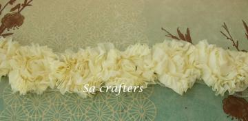 Buttercup Rosette  trim-18 flowers