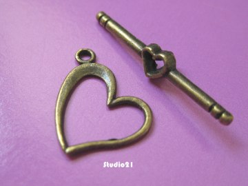 20 sets Antique Bronze Finish Heart-Shape Toggle