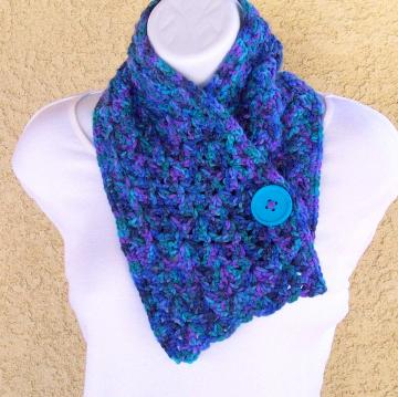 Button Scarflette, crocheted in Blues & Purples soft yarn