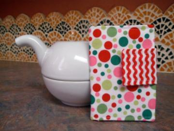 Multi-dotted Tea Wallet