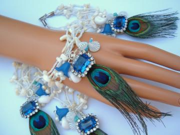 Something Old Something Blue With A Wee Bit Of Glam  Set of four Bridesmaids Bracelets