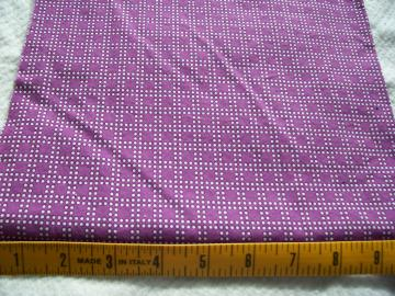 Fat quarter--Dots.
