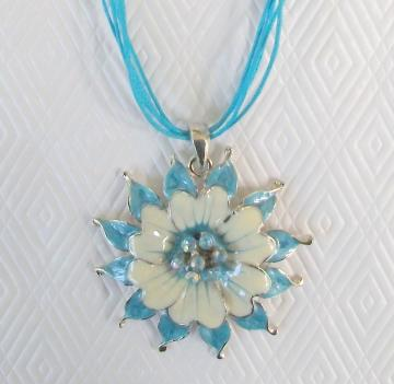 Blue Rhinestone Cotton Cord Ribbon Flower Necklace