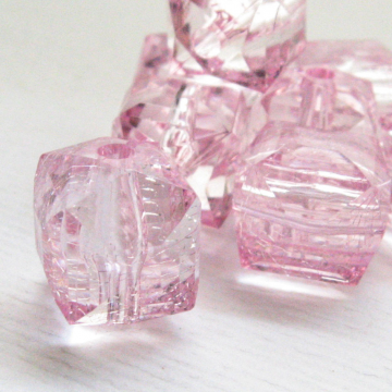 8 Pink Acrylic Faceted Cube Beads 14 mm