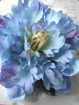 Lilac Fleur Flower Comb (limited quantities)