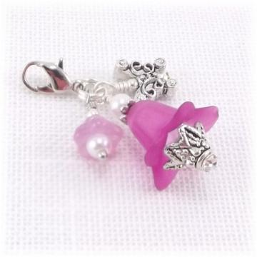 Pink Flowers Beaded Zipper Pull