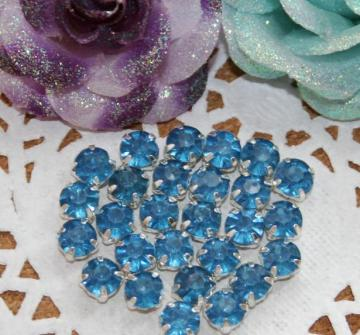 50pcs 5mm Acrylic Rhinestones item no 11711