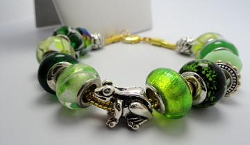 Feeling Froggy Bracelet