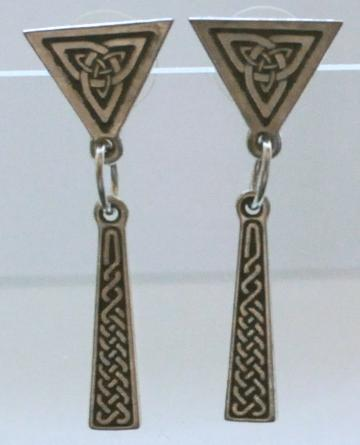 Endless Knot Post Earrings