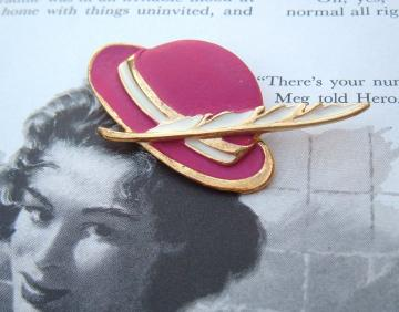 A Feather in your Pink CaP Taiwan vintage brooch pin