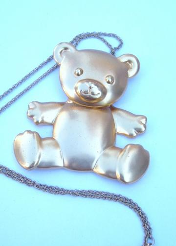A BIG Teetering TEDDY bear AKA Ted the BOBBLE HEAD vintage gold tone necklace