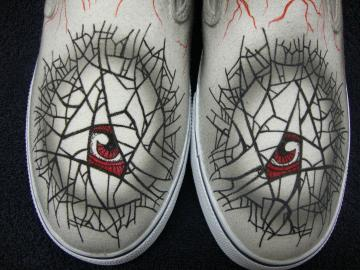 Crazy Eyes with Lightning Bolts Custom Designed Sh