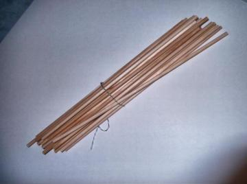 Wooden Dowels 25 count pack