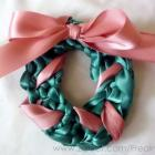 Ribbon Wreath Pin