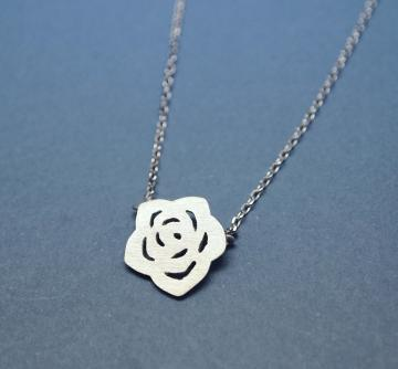 Flat Rose charm pendant necklace in matt silver