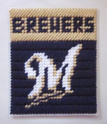 Milwaukee Brewers tissue box cover in plastic canvas PATTERN ONLY