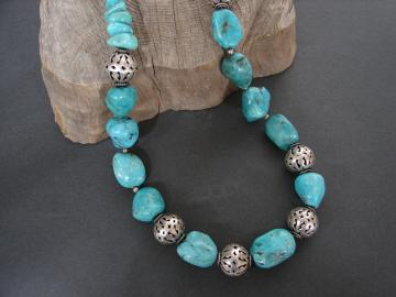 BOLD GENUINE TURQUOISE NECKLACE