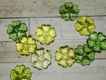 Acrylic flower beads, green mix