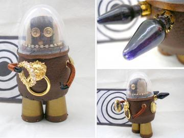 "Handmade unique Altered art leather steampunk style sculpture ""Treasure hunter"""