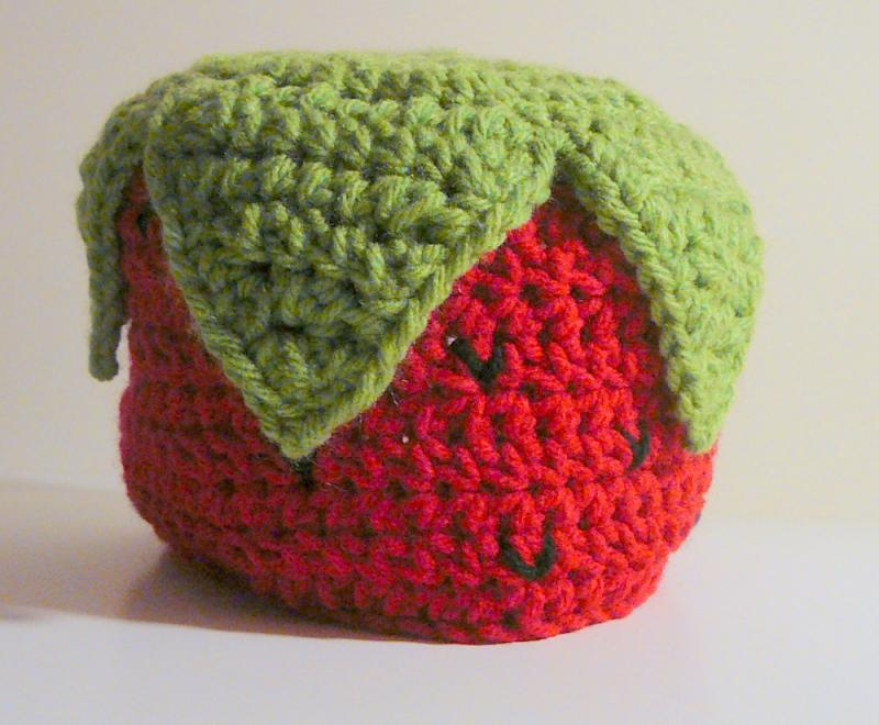 Newborn Strawberry Hat Crochet Pattern : Click to Enlarge Image