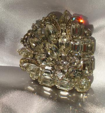 Eisenberg Vintage Rhinestone Layered Fan Brooch