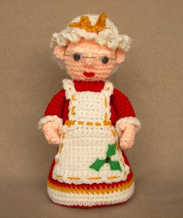Mrs. Claus -  Crochet Pattern