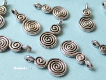 10 pcs of Antique Silver Finish Candy Charm/Pendant