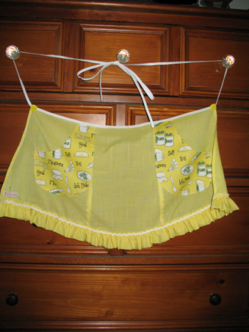SIFT, MIX, ROLL, & BAKE waist-style apron for girl