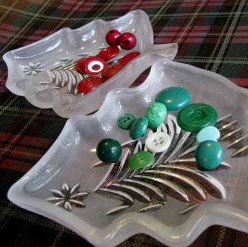 Oh! Christmas Tree! Pair of Frosted Christmas Tree Glass Trinket Dishes